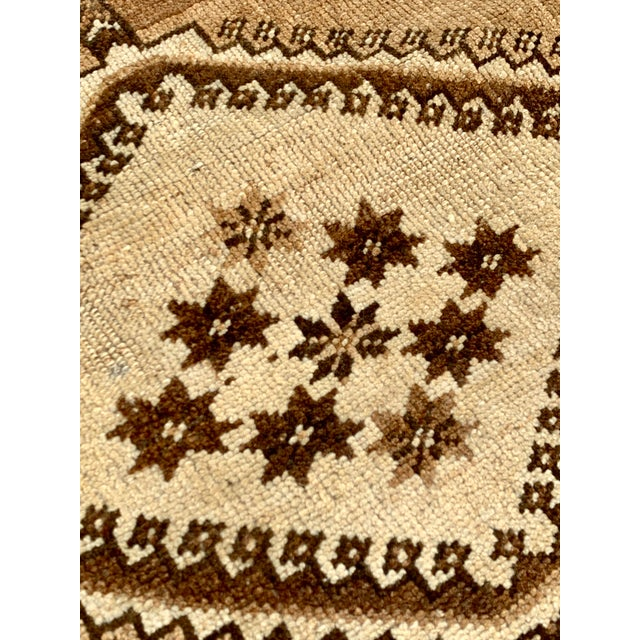 "Brown 1950's Vintage Persian Gabbeh Area Rug 4'x7'9"" For Sale - Image 8 of 13"