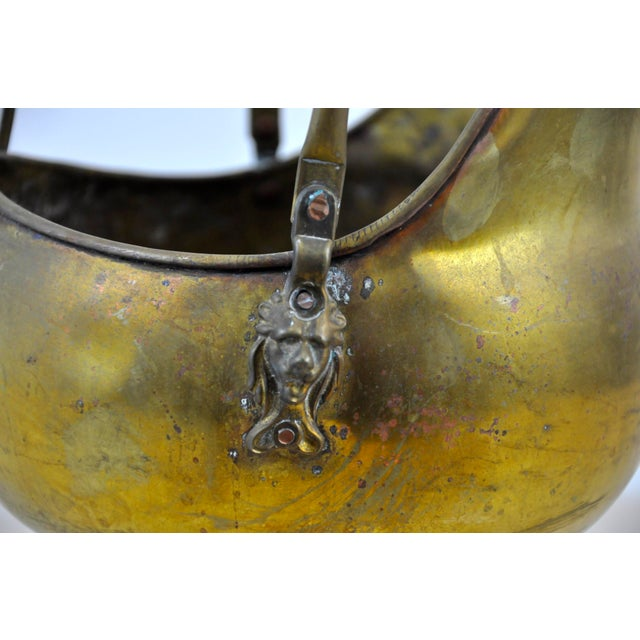 Vintage Brass Helmet Coal Scuttle For Sale In New York - Image 6 of 11