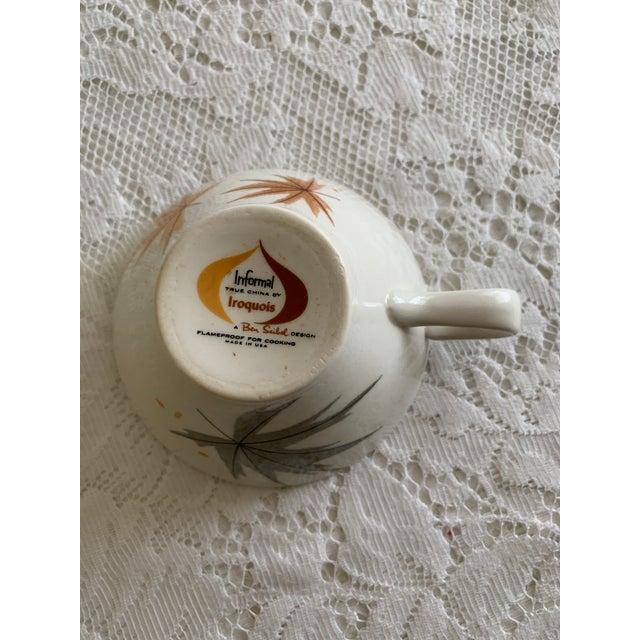 "Ceramic Vintage Iroquois China ""Harvest Time"" Coffee/Tea/Dessert Set Service for 6 (18 Piece Set) For Sale - Image 7 of 8"