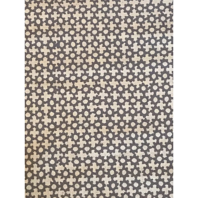 Galbraith & Paul Lavender on Star Logan Natural Linen Fabric - 4 3/8 Yards For Sale - Image 4 of 4