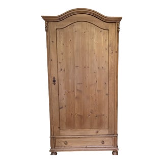 Late 19th Century Antique Pine Armoire For Sale