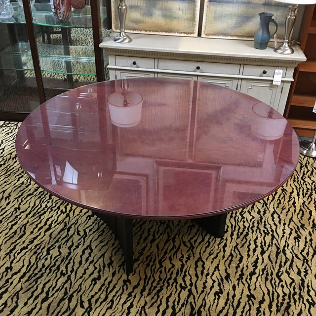 Round Birdseye Maple Dining Table with Glass Top For Sale - Image 4 of 8