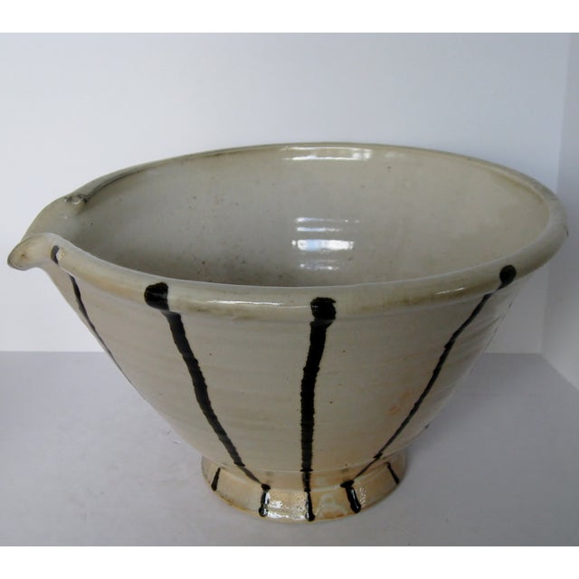 Artisan Pottery Mixing Bowl - Image 4 of 6