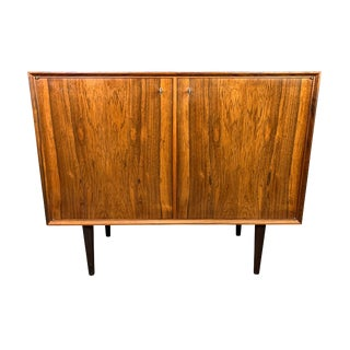 1960s Vintage Danish Modern Rosewood Cabinet For Sale