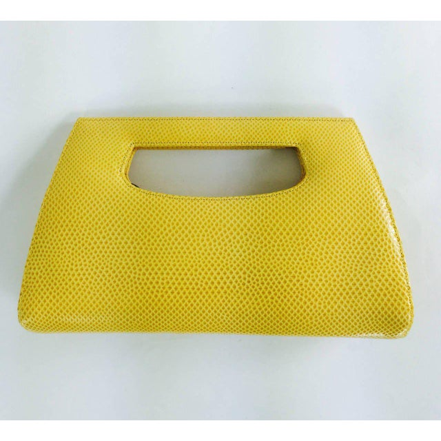 Contemporary Judith Leiber Yellow Karung Structured Handle Clutch Handbag For Sale - Image 3 of 10