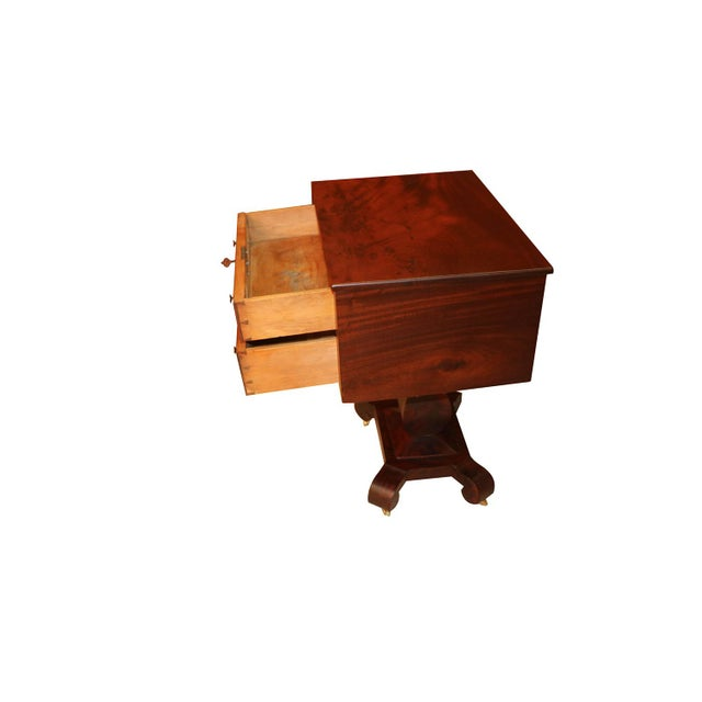 A very finely crafted American Empire style mahogany table from second quarter of the 19th century. Features beautiful...