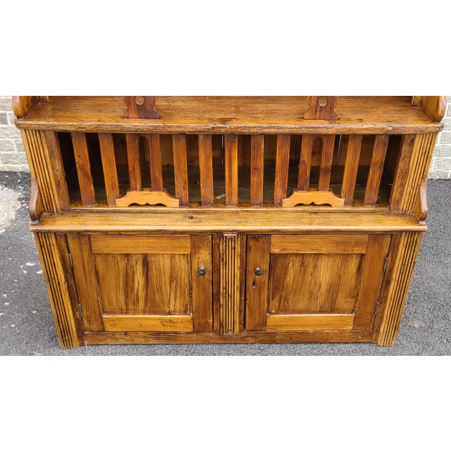 This is a fantastic antique late 19th century Irish pine welsh style chicken coop 2 part cupboard cabinet hutch, c1890s....