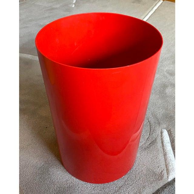 1970s Vintage Red Kartell G. Colombini Plastic Wastebasket For Sale - Image 5 of 5
