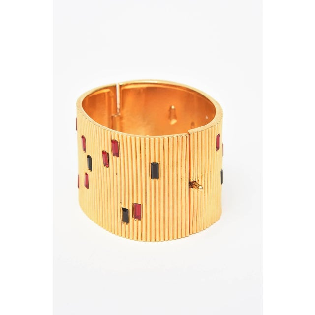 Paloma Picasso Glass and Ribbed Gold Filled Cuff Bracelet For Sale - Image 4 of 9