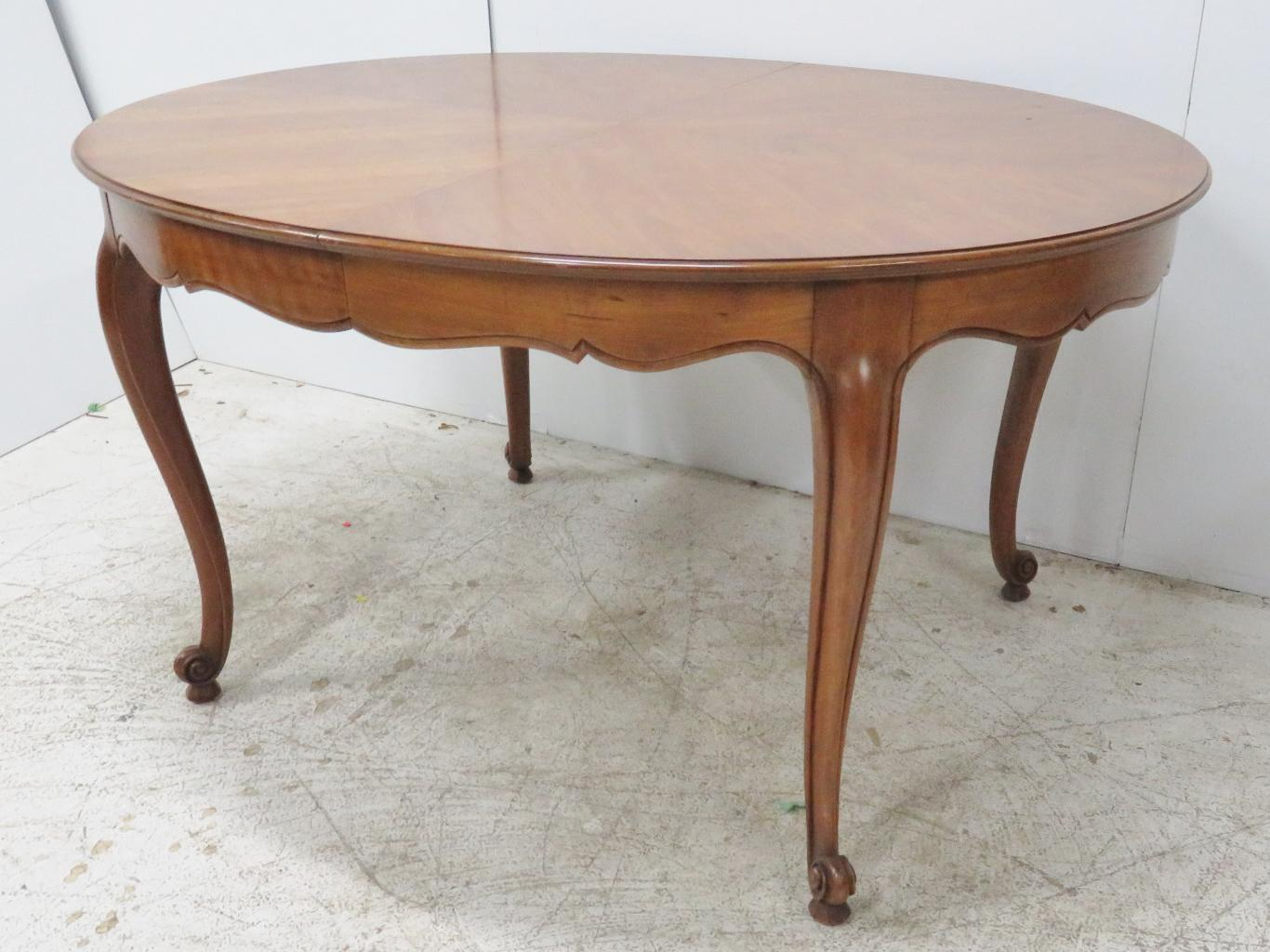 Great Kindel Cherry French Provincial Dining Table   Image 6 Of 6