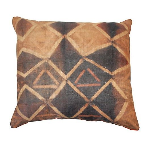 African Tie Dye African Kuba Cloth Pillow For Sale - Image 3 of 3