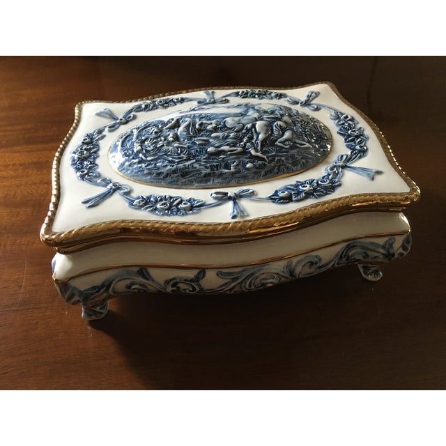 Blue & White Porcelain Box - Image 2 of 5