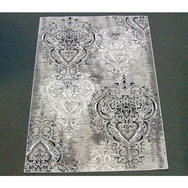 "Damask Gray & White Rug - 5'3"" x 7'7"" - Image 2 of 5"