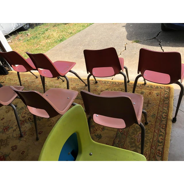 Fiberglass Vintage Mid Century Fiberglass Chairs- Set of 7 For Sale - Image 7 of 10