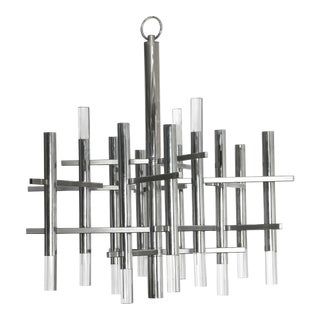 Fully Restored 1970s Chrome and Lucite Chandelier by Sciolari For Sale