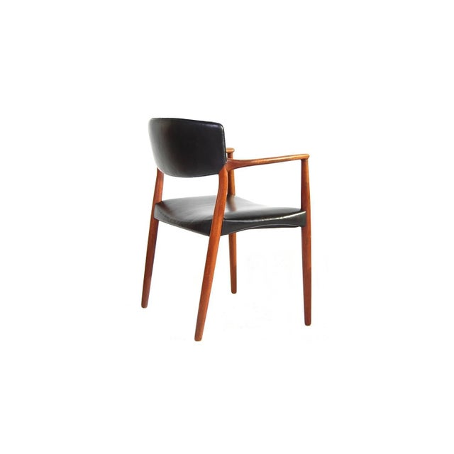Willy Beck Armchair in Teak and Black Leather by Ejnar Larsen and Aksel Bender Madsen For Sale - Image 4 of 9