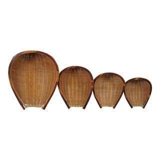Vintage Wicker Nesting Baskets Fruit Bowls Primitive Native Shovel Dust Pan - Set of 4 For Sale