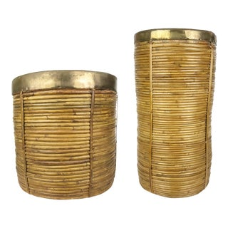 Pair of 1970s Italian Coiled Pencil Reed Crespi Style Baskets With Brass Rims For Sale