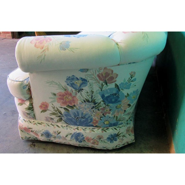 American Sherrill Furniture Small Sofa Custom Upholstered in Designer Floral Pattern For Sale - Image 3 of 8