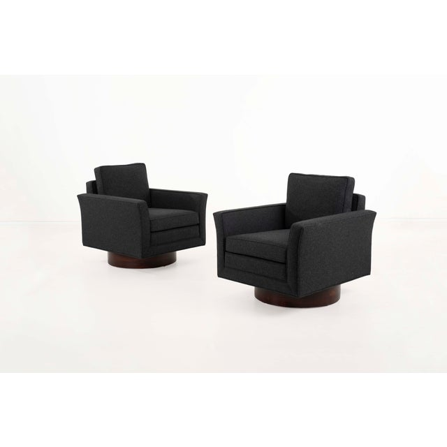Mid-Century Modern 1950s Harvey Probber Lounge Chairs and Ottoman-Set of 3 For Sale - Image 3 of 12