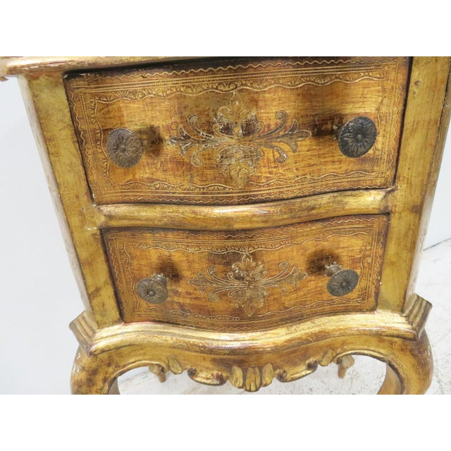 Italian Florentine Gold Gilt Nightstand For Sale In Philadelphia - Image 6 of 7