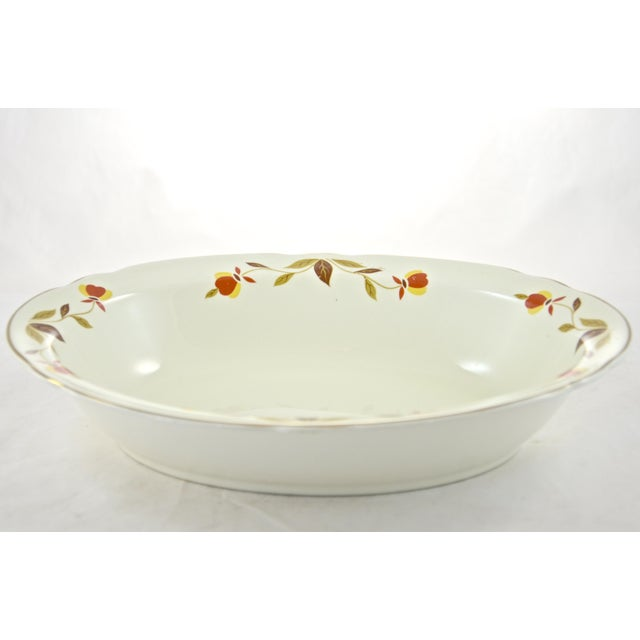 Cottage Leaf & Vine Oval Bowl For Sale - Image 3 of 5