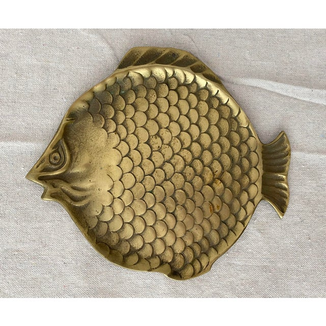 Vintage Brass Fish Plate For Sale In Tampa - Image 6 of 6
