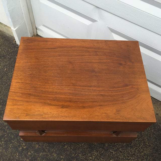 Mid-Century Modern Nightstands - A Pair - Image 6 of 10