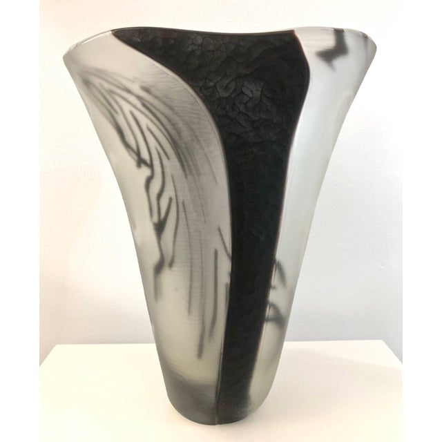 Monumental Contemporary Italian Art Glass vase, one of a kind Work of Art signed by Davide Donà. The mouth blown execution...