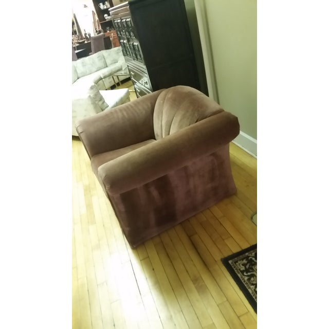 Heres'a sumptuous, sexy and curvaceous design from the 1980s. Neo-Deco clamshell in style, this oversized mauve chair is...