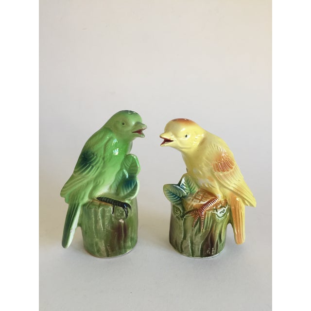 So adorable! Wonderful set of perched birds salt & pepper shakers. They have a noise maker built in so that when they are...
