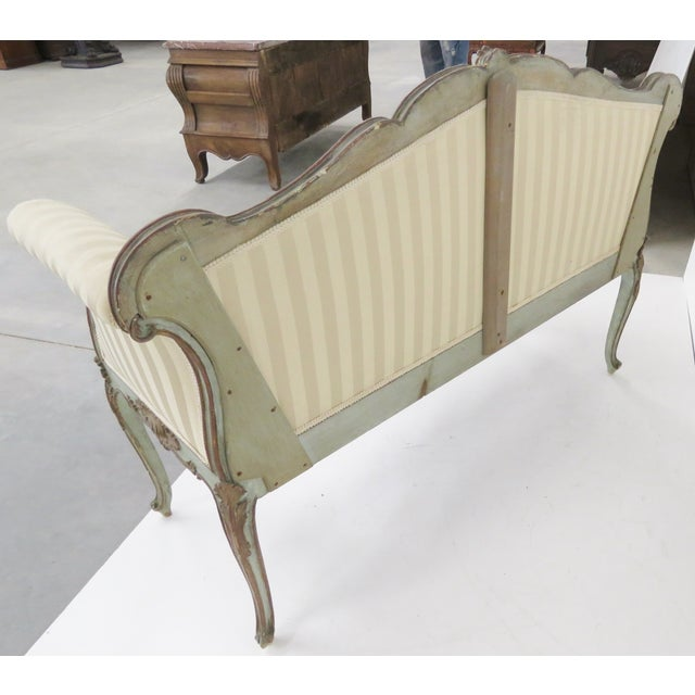 French Style Louis XVI Style Painted Settee - Image 6 of 6