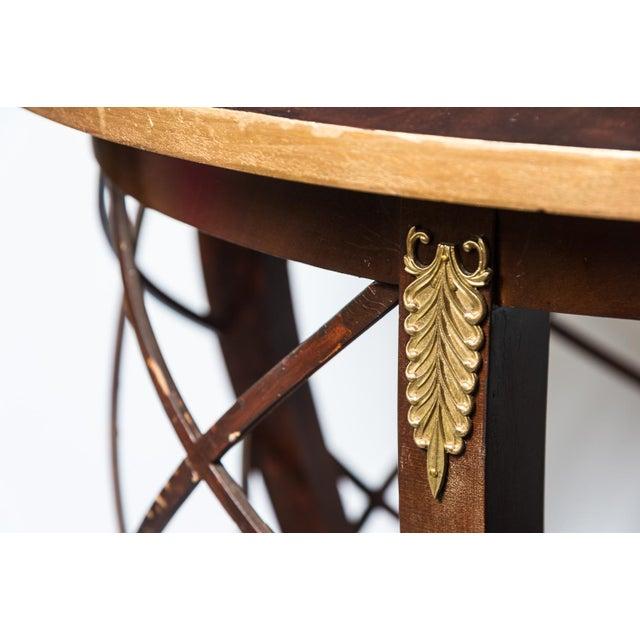 Hollywood Regency Walnut Round Side Table With Ormolu Chairish - Round lattice coffee table