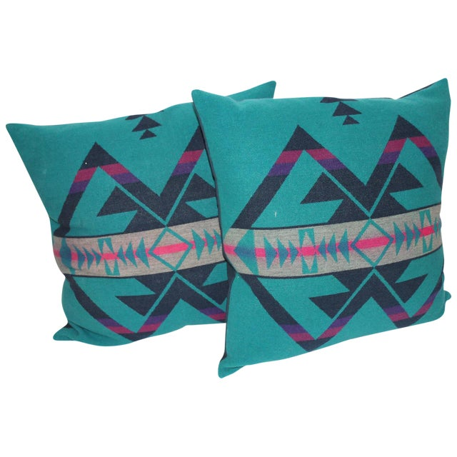 Pair of Amazing Cayuse Pendleton Indian Blanket Pillows For Sale