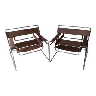 Marcel Breuer for Knoll International, Pair of Wassily Chairs For Sale