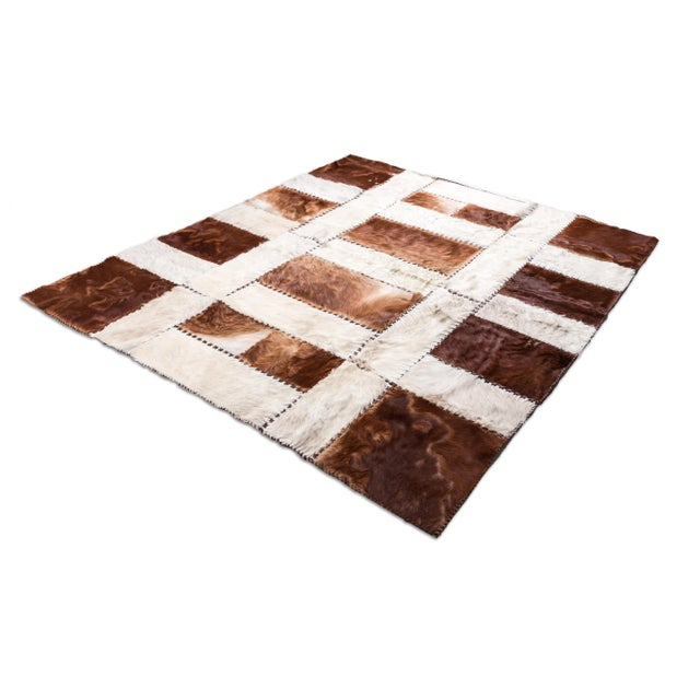 """Aydin Cowhide Patchwork Accent Area Rug - 6'0"""" x 6'7"""" - Image 2 of 9"""