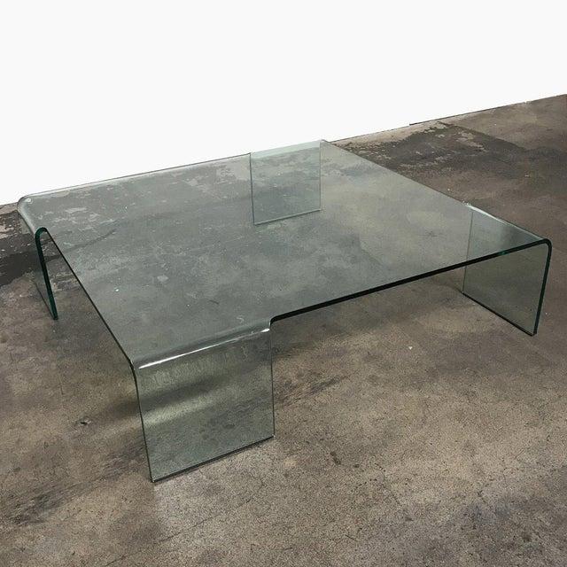 "Contemporary Rodolfo Dordoni for Fiam ""Neutra"" Glass Coffee Table For Sale - Image 3 of 4"