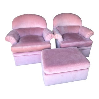 Highland House Hollywood Regency Pink Pair Chairs & Ottoman For Sale