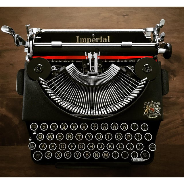 Vintage 1930s Art Deco Styled Imperial 'Good Companion' Portable Typewriter, Fully Refurbished, Impeccable - Image 8 of 9