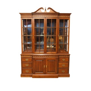 20th Century Traditional Pennsylvania House Solid Cherry Illuminated Display Breakfront China Cabinet For Sale