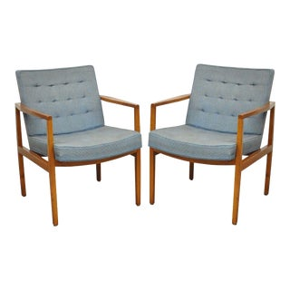 Pair of Florence Knoll International Mid Century Modern Lounge Arm Chairs Vintage For Sale
