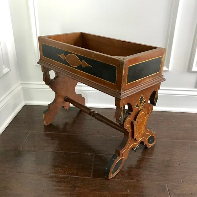 19th Century Victorian Wooden Plant Stand For Sale In Tampa - Image 6 of 6