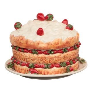 Strawberry Torte Italian Majolica Pottery Cake For Sale