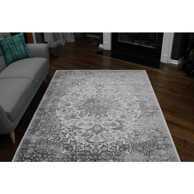 "Distressed Medallion Silver Gray Rug - 8' x 10'7"" - Image 4 of 8"