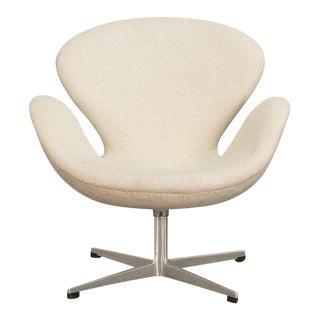 Arne Jacobsen Swan Chair For Sale