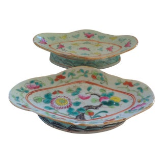 18th C. Chinese Export Serving Dishes, A Pair For Sale