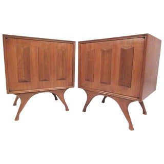 Pair of Mid-Century Modern Sculpted Front Nightstands For Sale