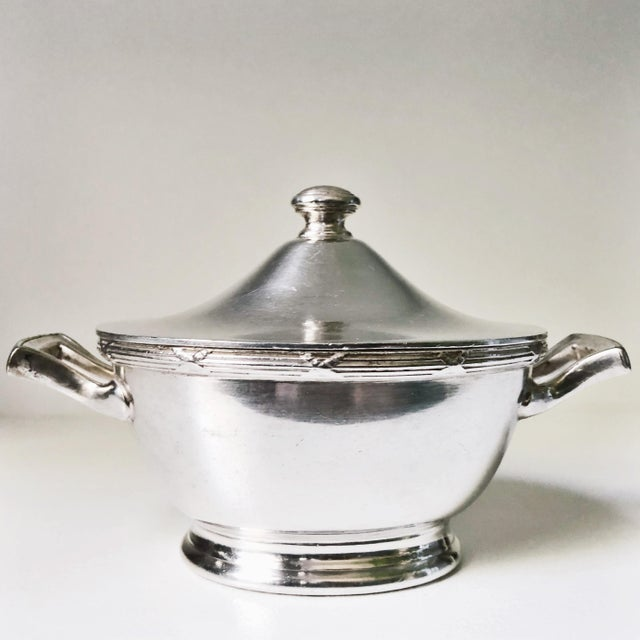 Art Deco 1933 Silver Plated Sugar Bowl From Pullman Company For Sale - Image 3 of 6