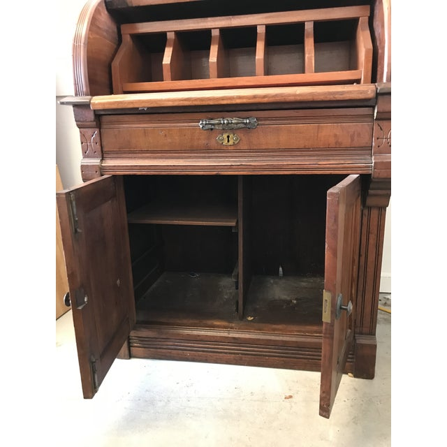 19th Century American Classical Cylinder Rolltop Secretary Desk For Sale - Image 4 of 13