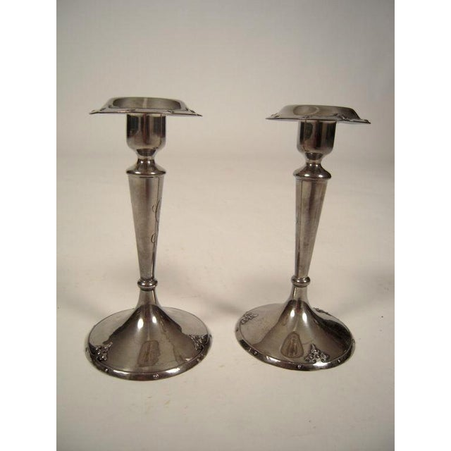 Arts & Crafts Pair of Sterling Silver Candlesticks by Shreve and Co., San Francisco For Sale - Image 3 of 7